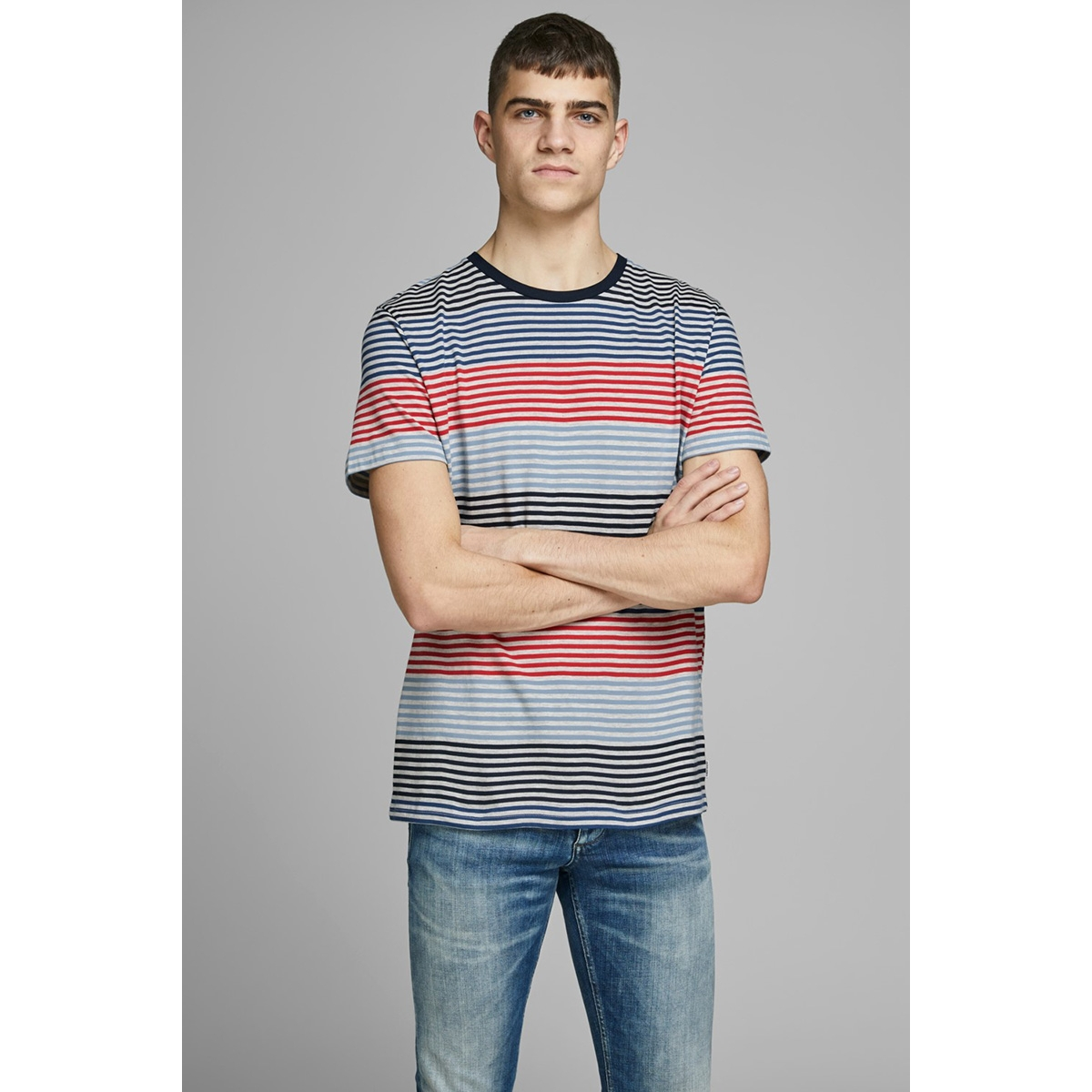 jcoaraf tee ss crew neck 12170181 jack & jones t-shirt chinese red/slim