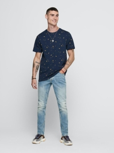 onsinoel slim ss aop tee 22016920 only & sons t-shirt dress blues/ limelight