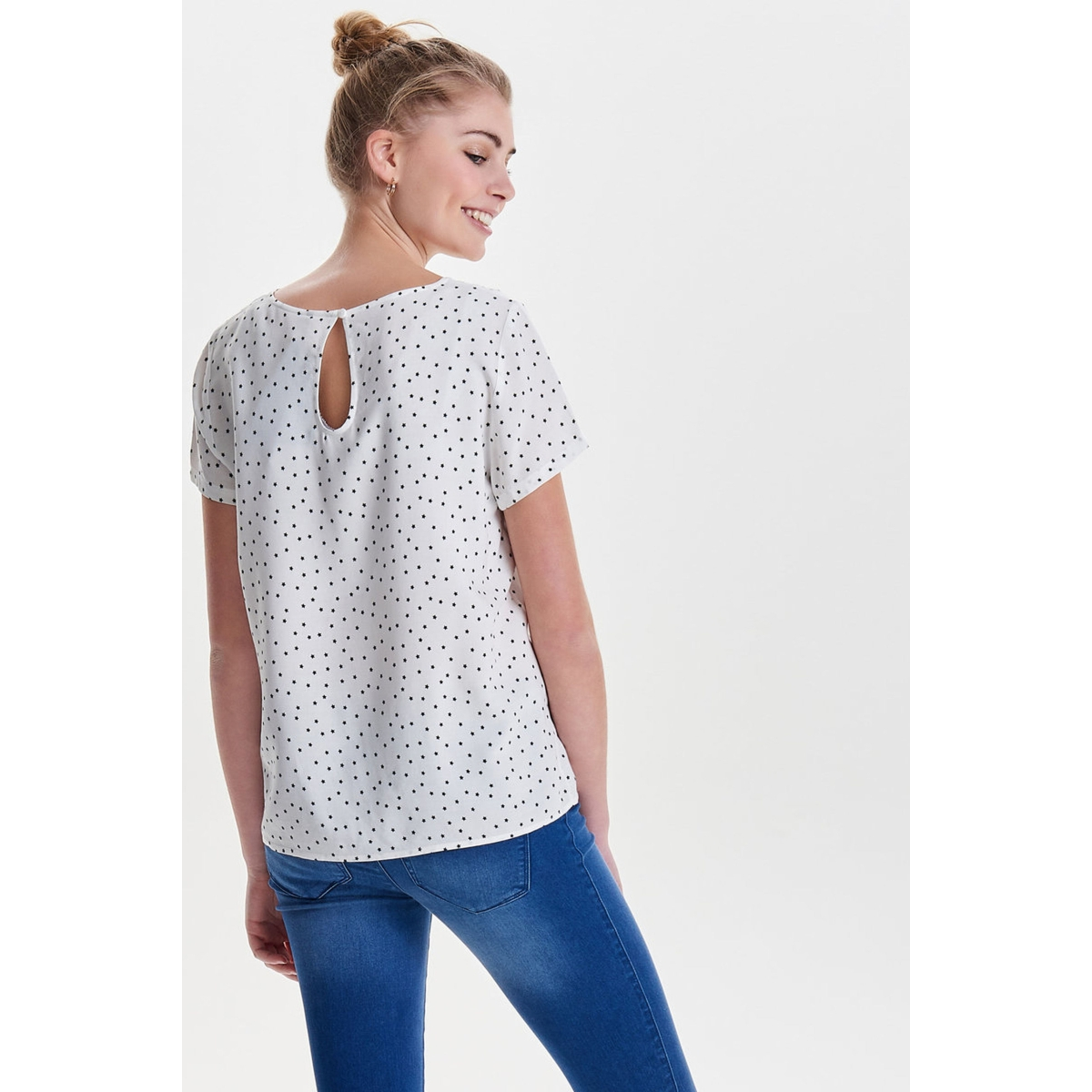 onlfirst ss mix aop top  noos wvn 15138761 only t-shirt cloud dancer/black