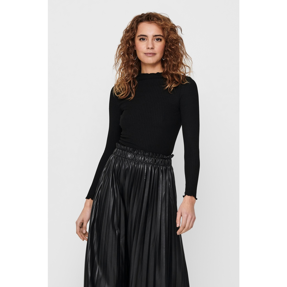 onlemma l/s high neck top noos jrs 15180040 only trui black