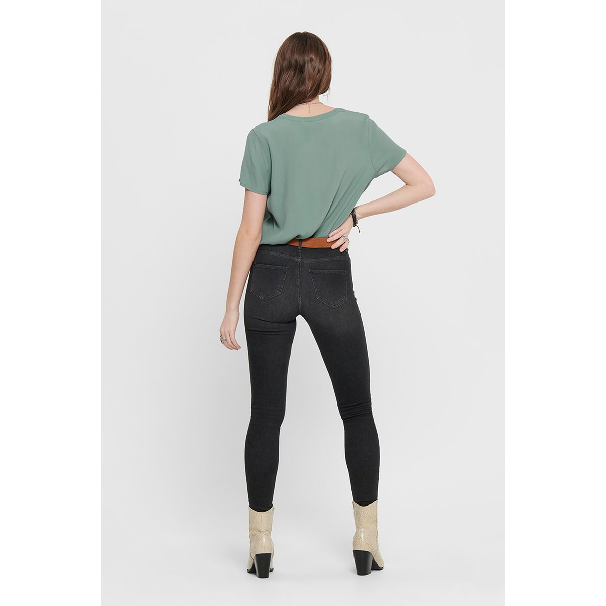 onlmolly ss v-neck wvn 15200065 only t-shirt chinois green