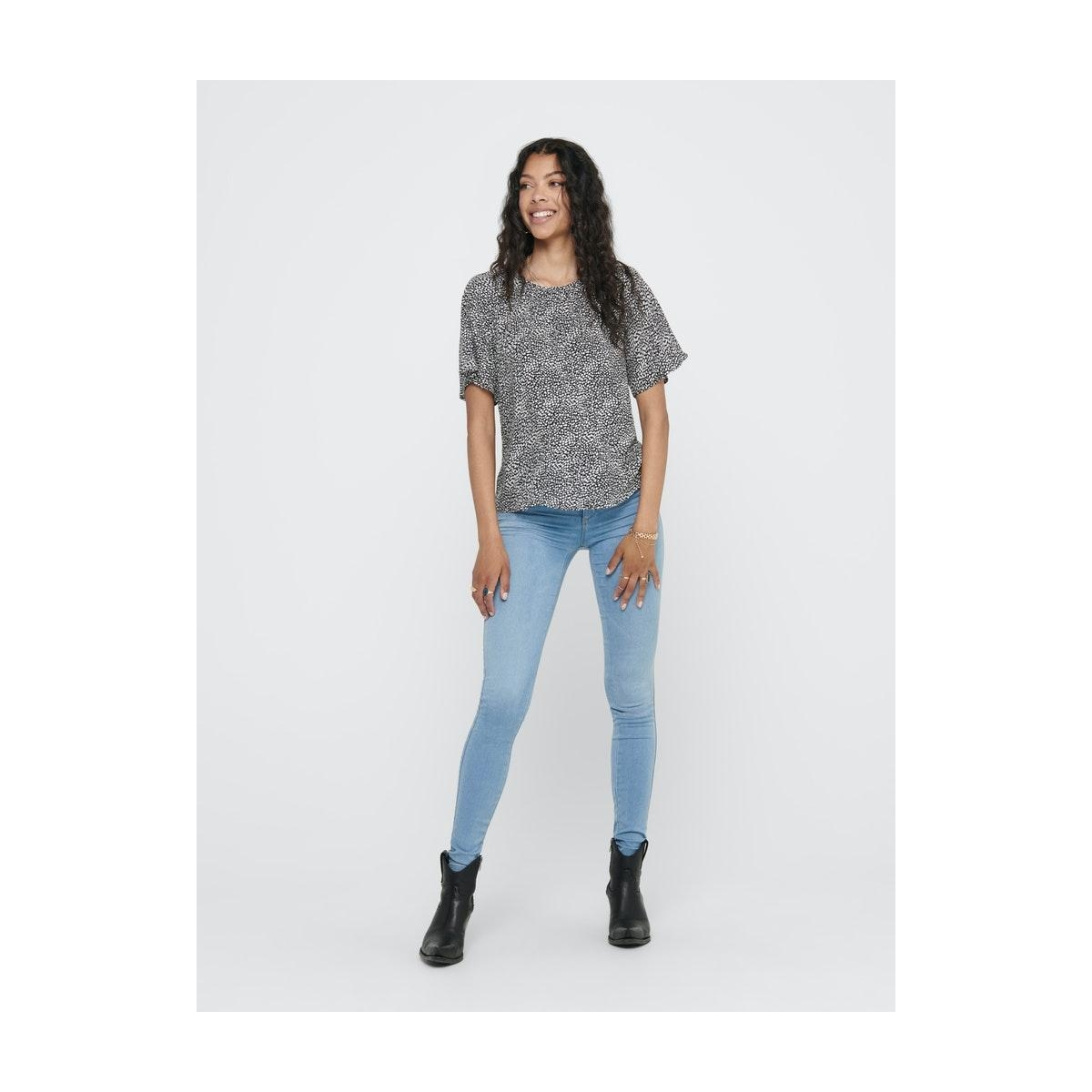 jdypearl s/s top wvn 15209000 jacqueline de yong t-shirt black/cloud dancer