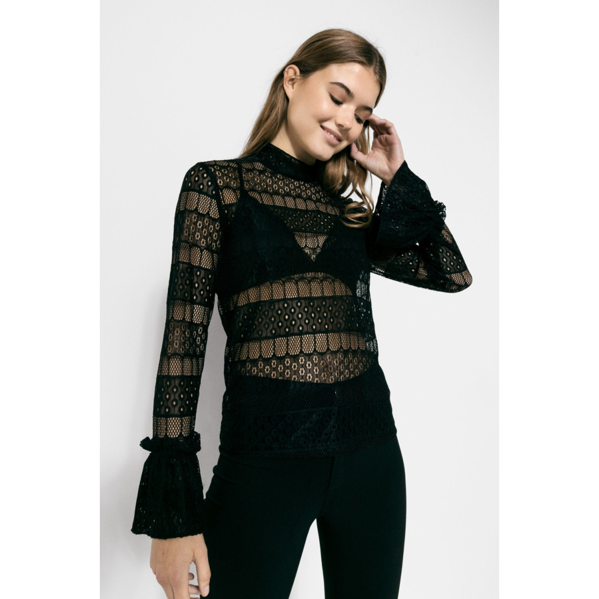 pcrope lace t-neck top 17084994 pieces blouse black