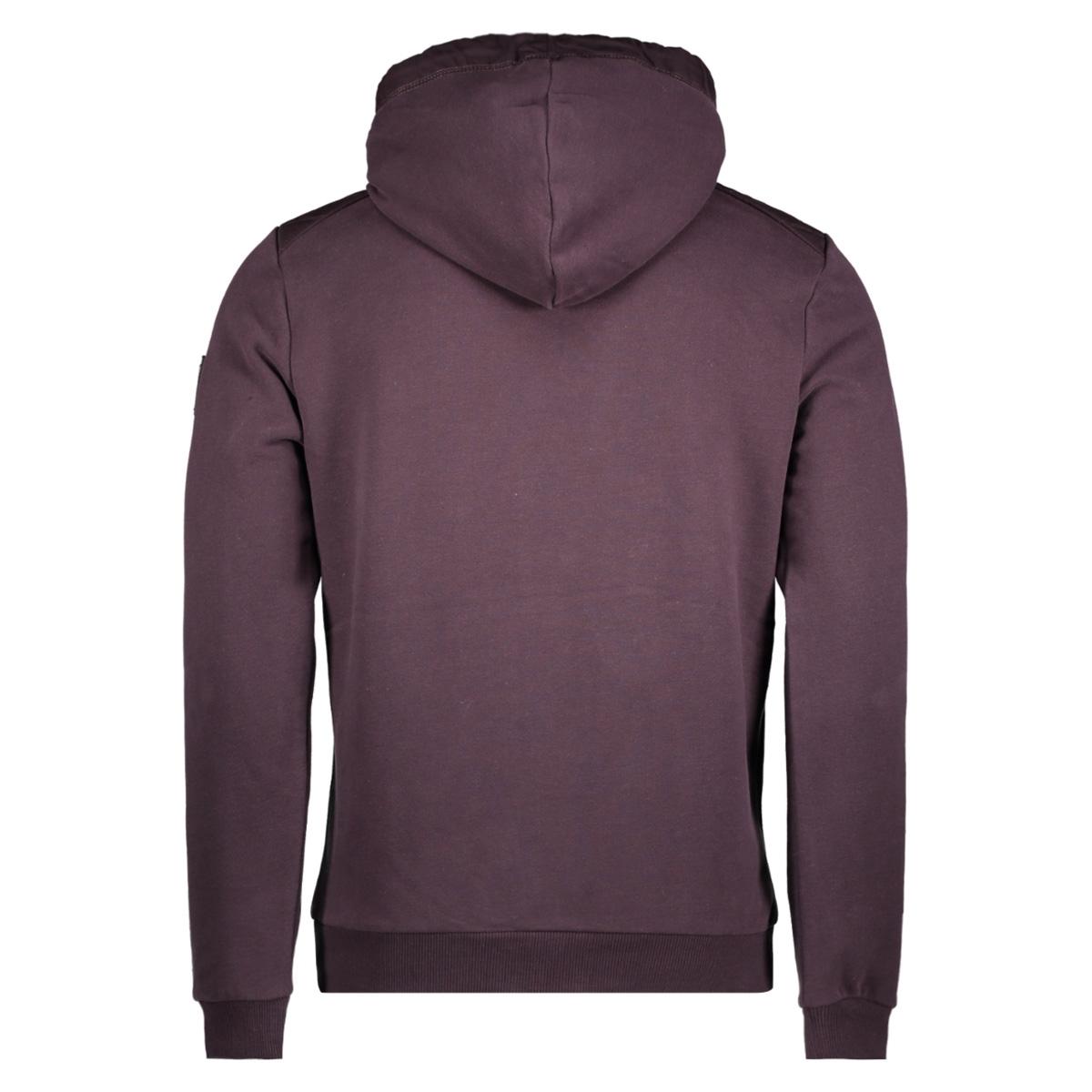 82100914 no-excess vest 183 aubergine