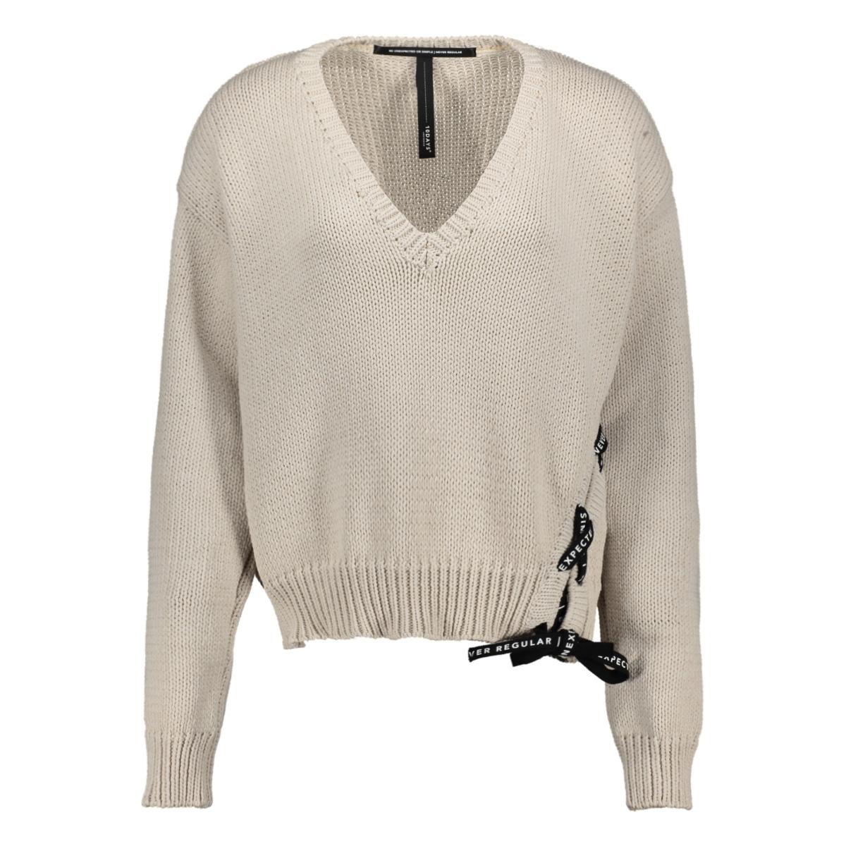 v-neck sweater 20 601 0201 10 days trui 1067 white sand