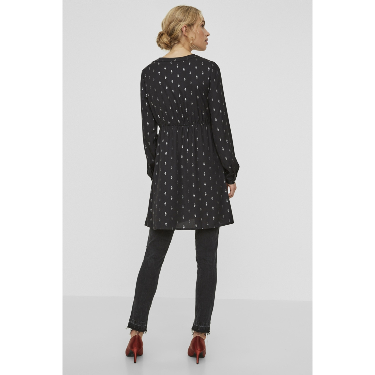 vmfolia ls short dress 10188463 vero moda jurk black/silver foil