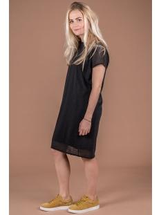 03fj19vcob luchtig jurkje zusss jurk off black