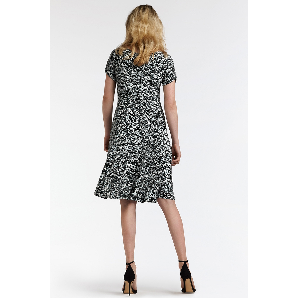0efdcc72f3cda5 ... zwierige jurk met print 23001559 sandwich jurk 41010