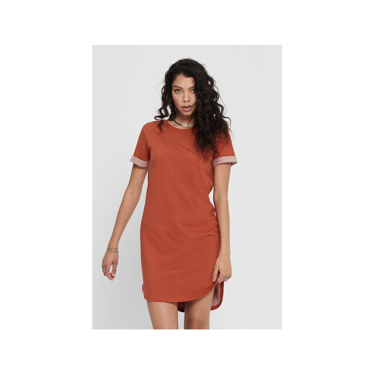 jdyivy life s/s dress jrs noos 15174793 jacqueline de yong jurk hot sauce
