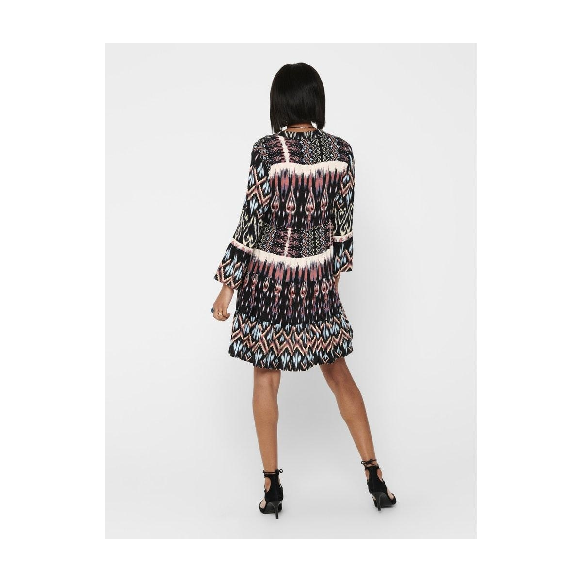 jdytravis life 7/8 short layer dres 15211301 jacqueline de yong jurk black