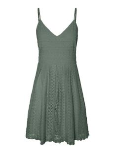 vmhoney lace pleated singlet dress 10220925 vero moda jurk laurel wreath