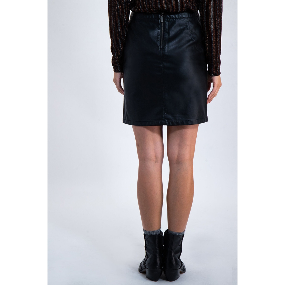 leatherlook rokje k90120 garcia rok 60 black