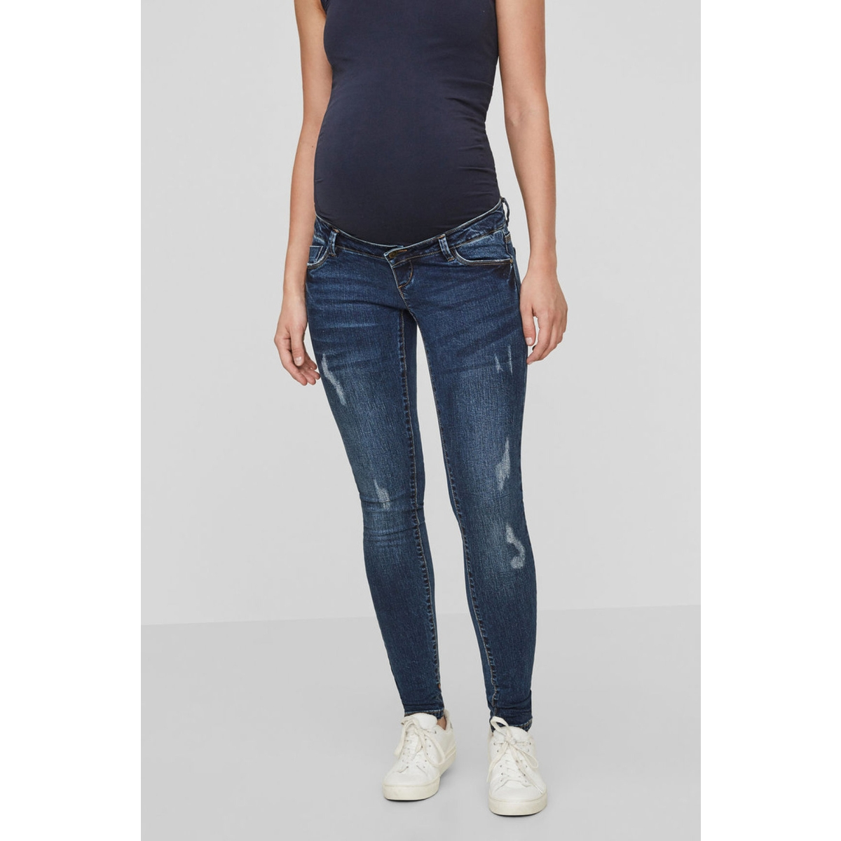 mlaugusta slim scratch jeans b. 20008067 mama-licious positie broek medium blue denim