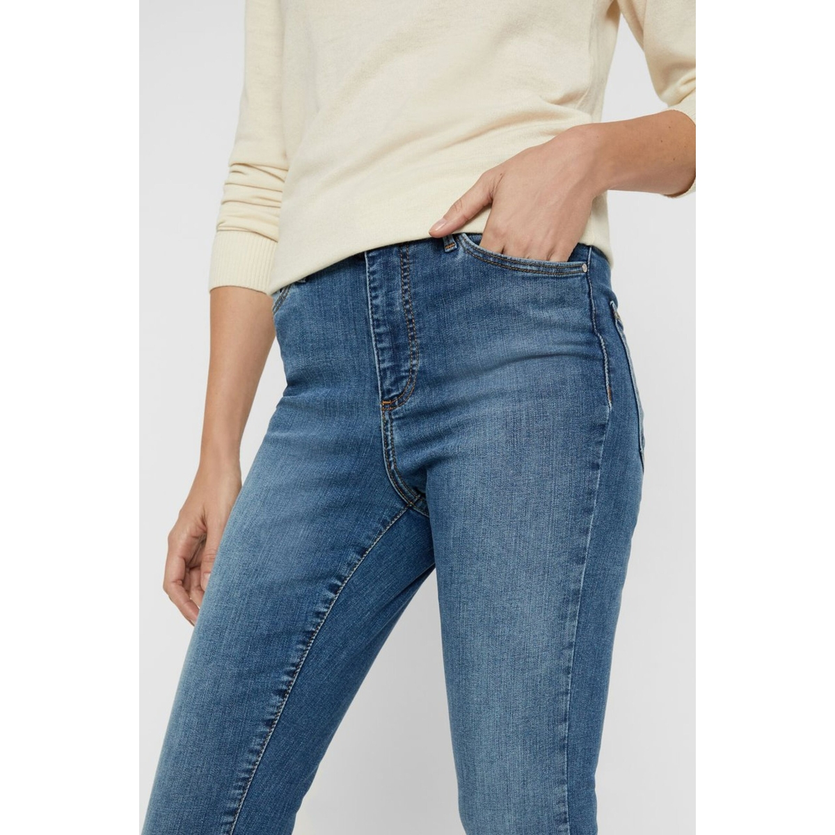 vmsophia hw skinny jeans lt bl noos 10193330 vero moda jeans light blue denim