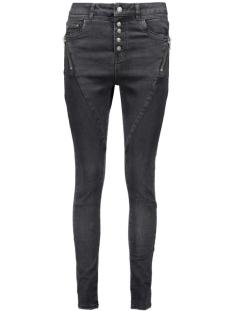 UN jean Jeans AVANT ANTI FIT W217